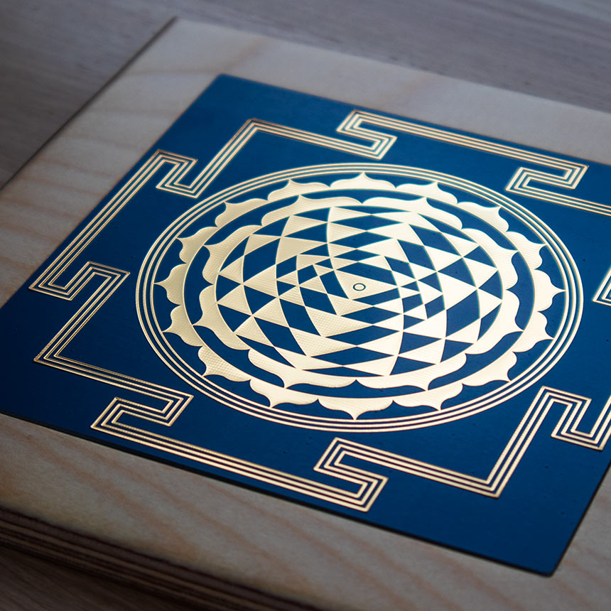 Sri Yantra (24k gold) - 5 colors